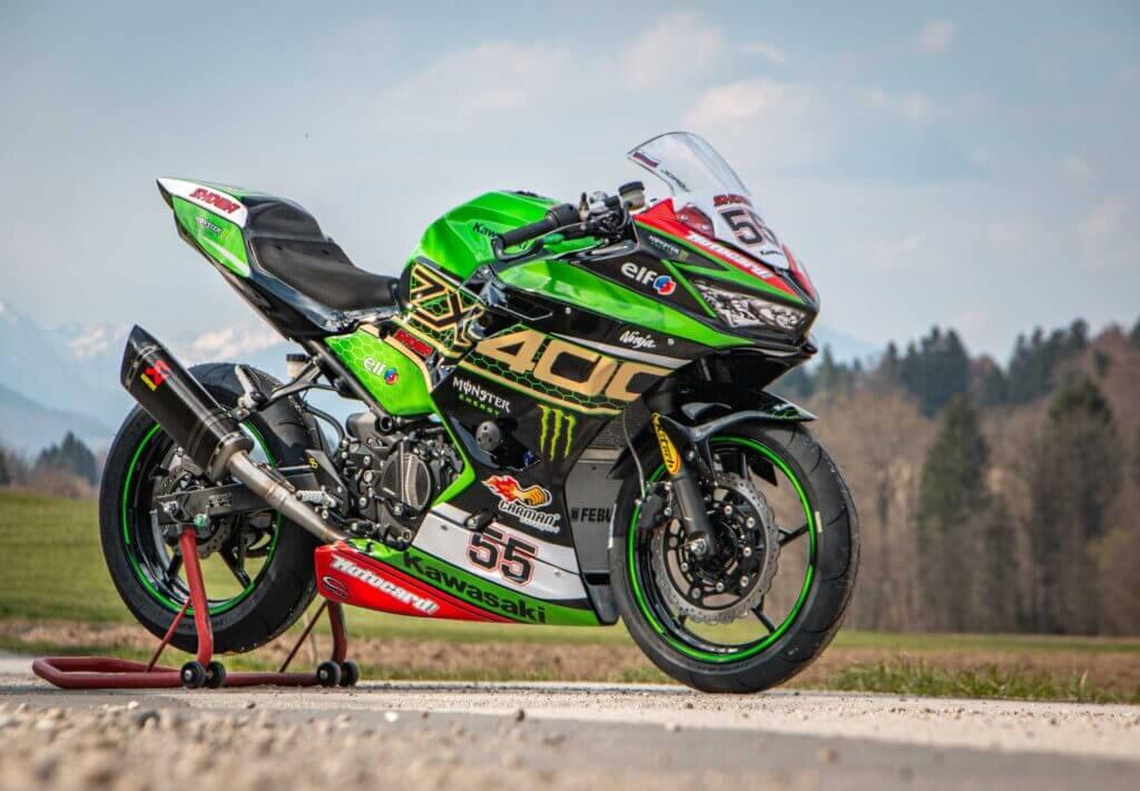 Kawasaki Ninja 400 2020 race bike